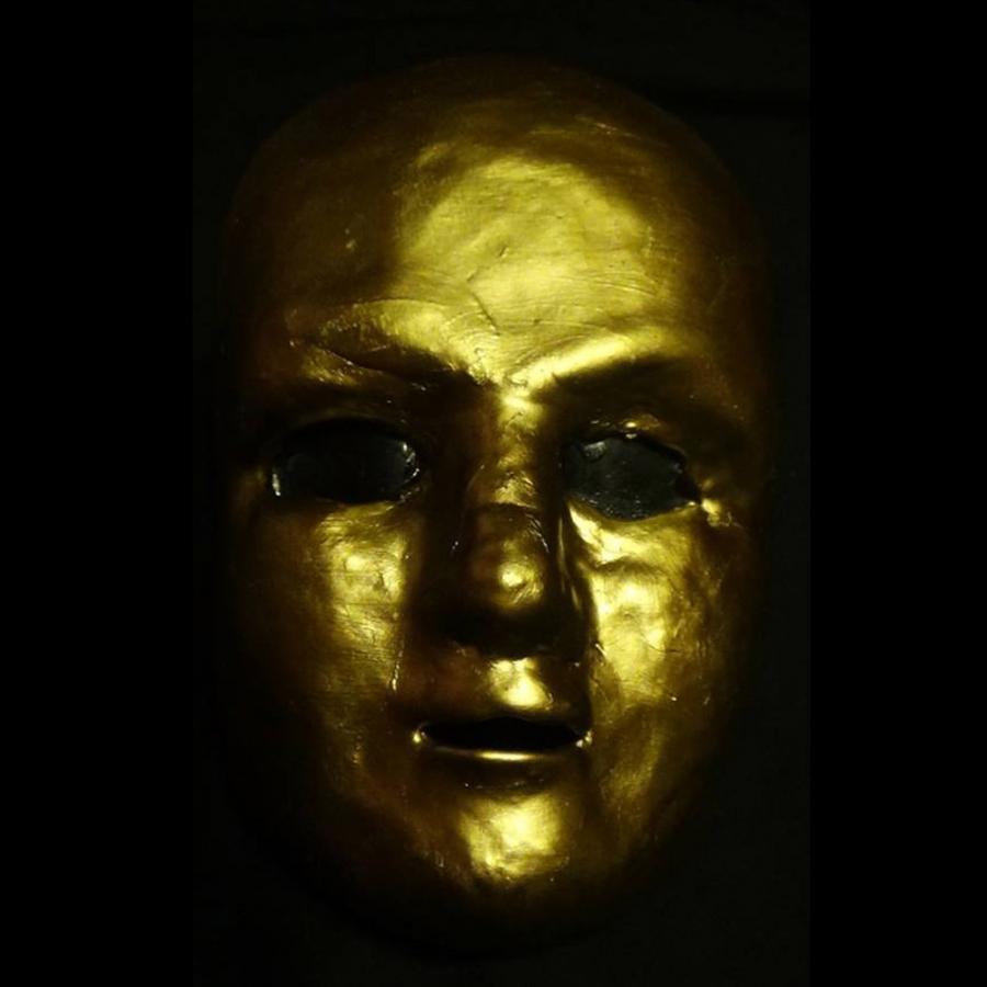 Golden Mask Plastimake