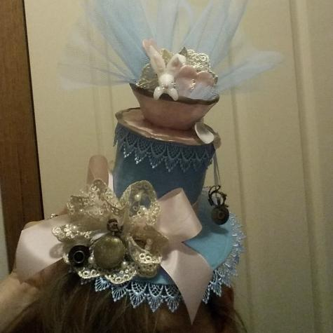 Alice in Wonderland hat