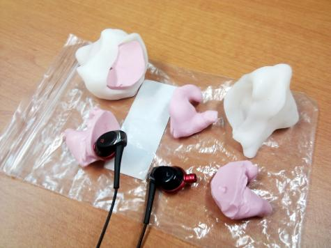 Moulding silicone earbuds