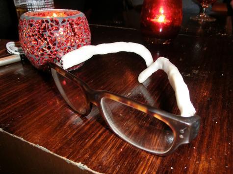 Eyeglass arms