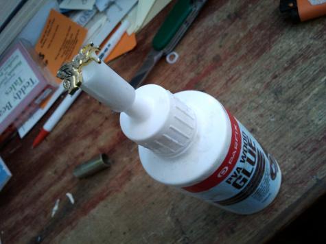Glue pot lid replacement