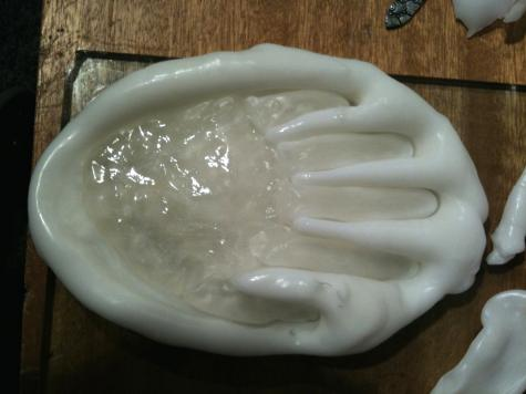 Hand mould