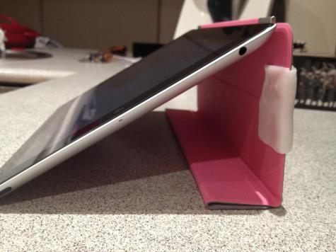 iPad cover clip