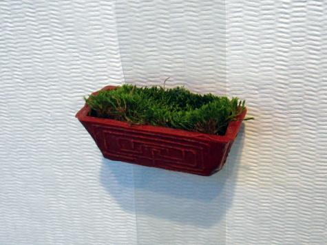 Moss brooches